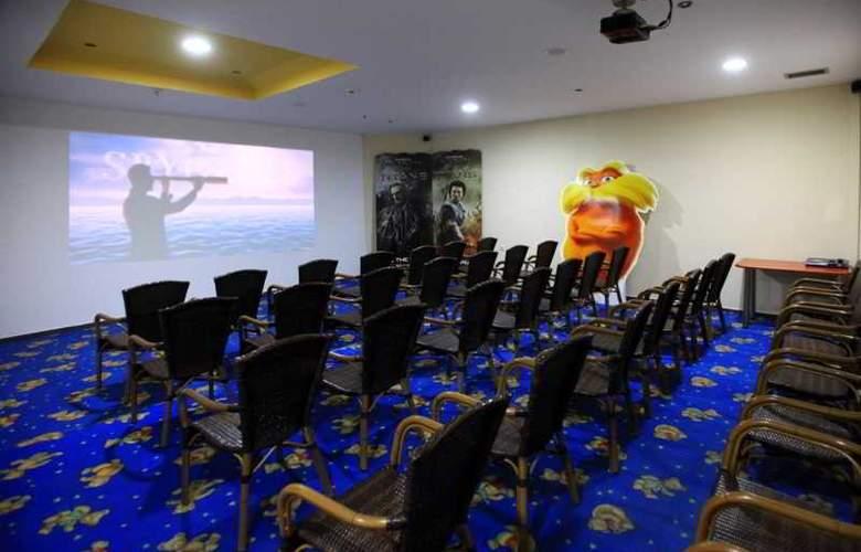 St Constantin  - Hotel - 9