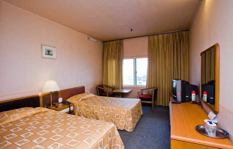 Phoenix - Room - 1