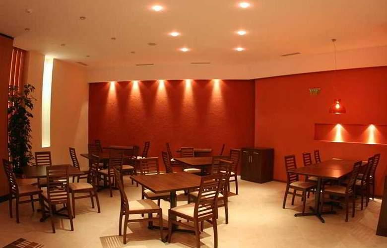 Villa Park - Restaurant - 7
