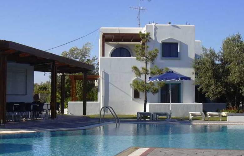 Triantafyllas apartments - Hotel - 0