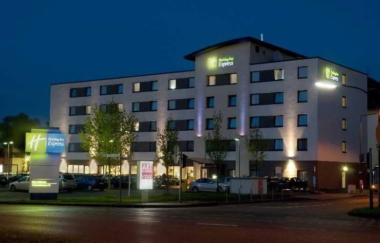 Holiday Inn Express Cologne Muelheim - Hotel - 0