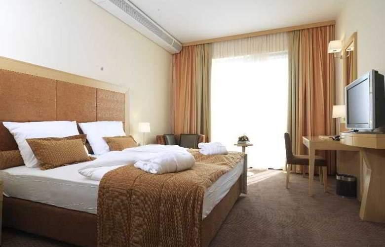Grand Hotel Primus - Room - 0