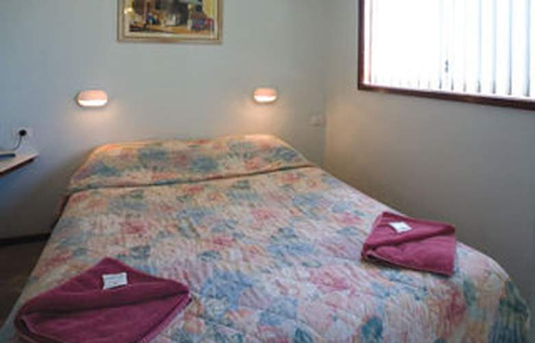 Coogee Beach Holiday Park - Room - 4