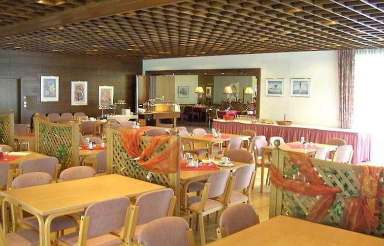 Sport & Golf Hotel Kaprun - Restaurant - 4