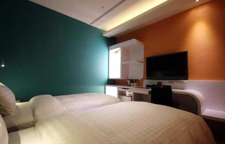 G7 - Room - 12