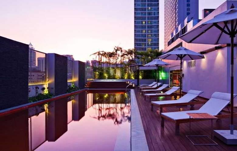 Radisson Suites Bangkok Sukhumvit - Terrace - 22