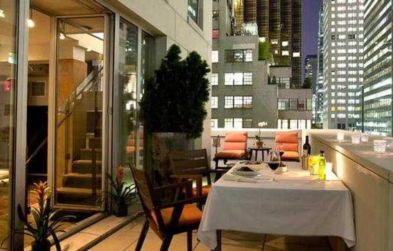 Chambers Hotel - Terrace - 5