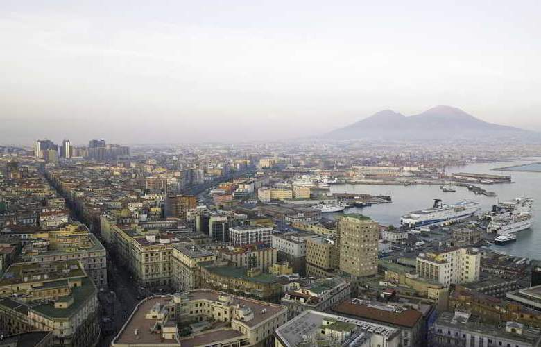 NH Napoli Panorama - Hotel - 11