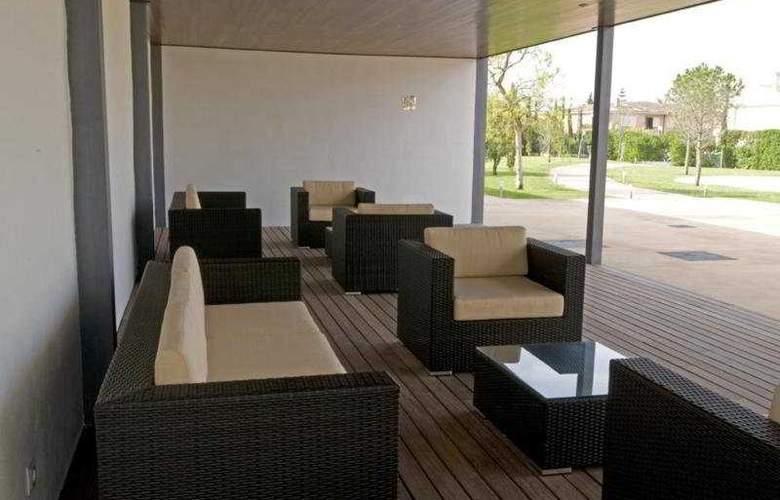 Las Gaviotas Suite Hotel - Terrace - 10