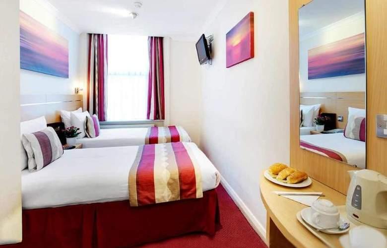 Queens Park - Room - 17