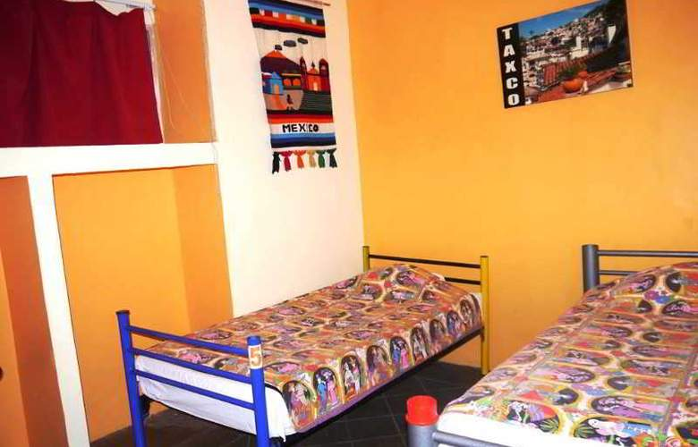 Hostel Amigo - Room - 12