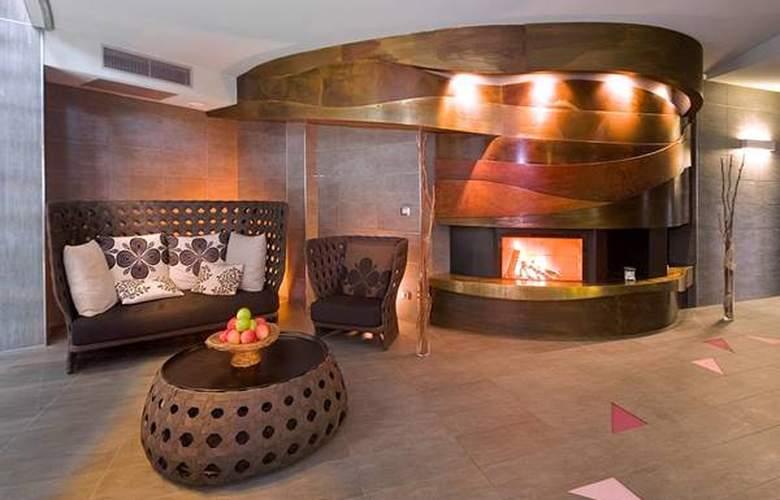 Boscareto Resort & Spa - Hotel - 1