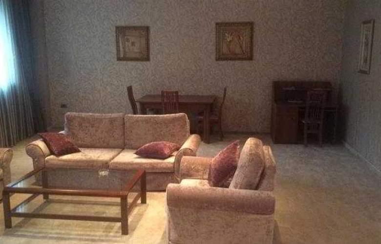 Abu Arena Hotel - Room - 5