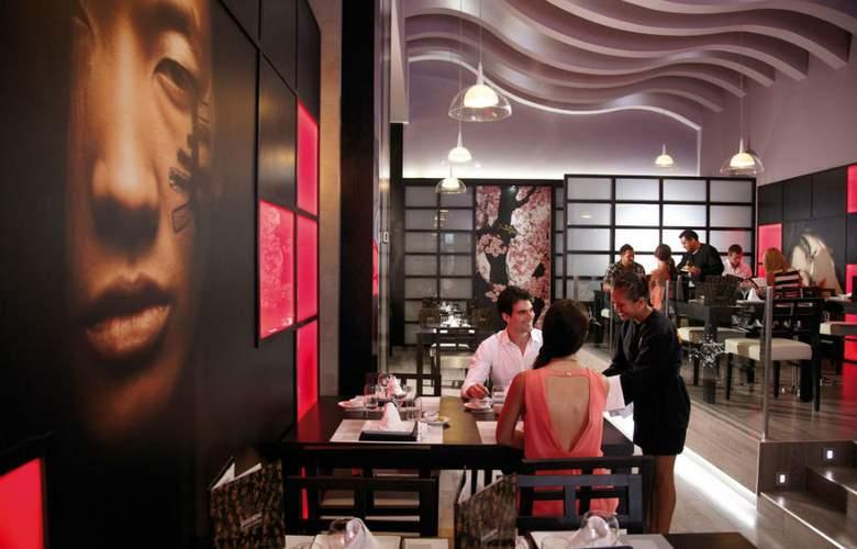 Riu Palace Península - Restaurant - 17