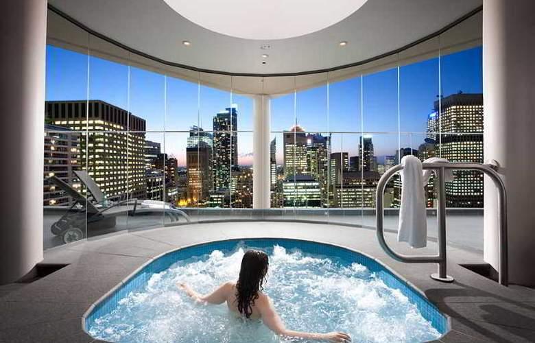 Pullman Sydney Hyde Park - Pool - 3