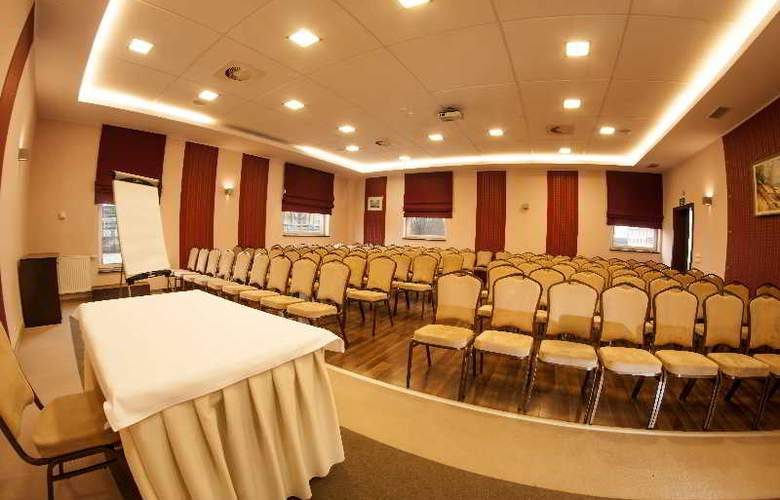 Hotton Hotel - Conference - 27