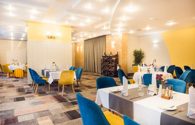 Sangate Hotel Airport - Restaurant - 5