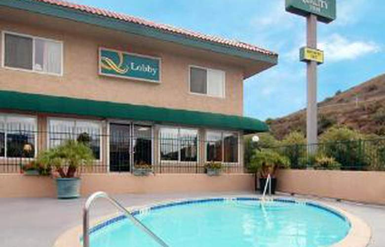 Rodeway Inn Near Qualcomm Stadium - Pool - 5