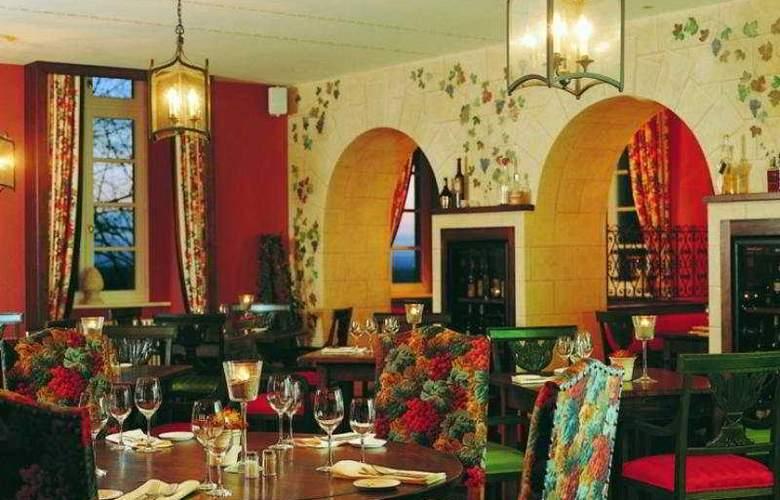 Grandhotel Schloss Bensberg - Restaurant - 8