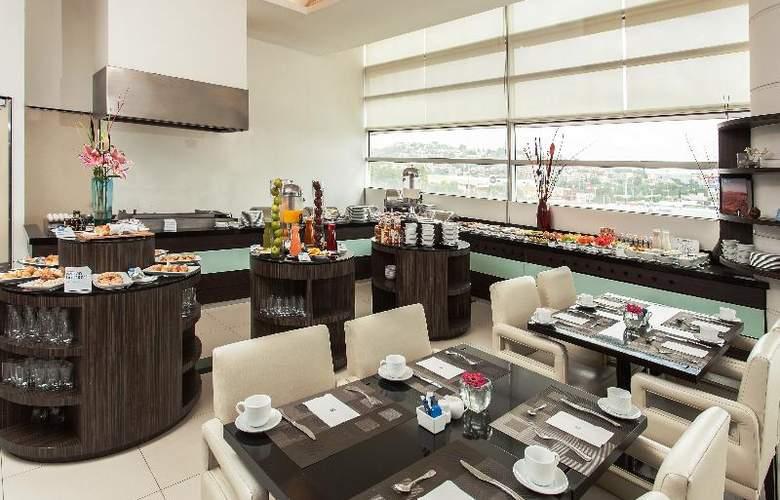 NH Valle Dorado - Restaurant - 31