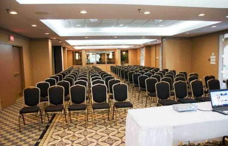 Ramada Plaza Toronto - Conference - 7