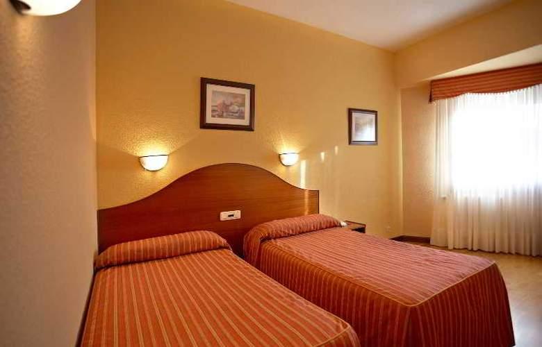 Sercotel Ciudad de Burgos - Room - 40