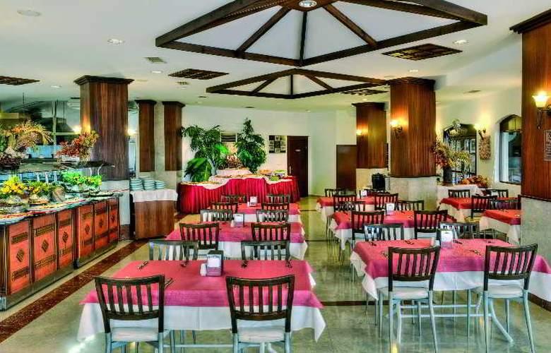 Valeri Beach Hotel - Restaurant - 10