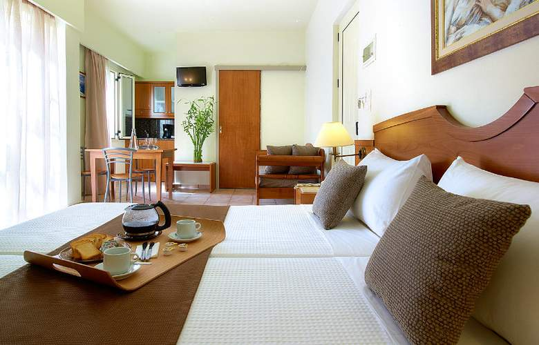 Elotis Suites - Room - 6