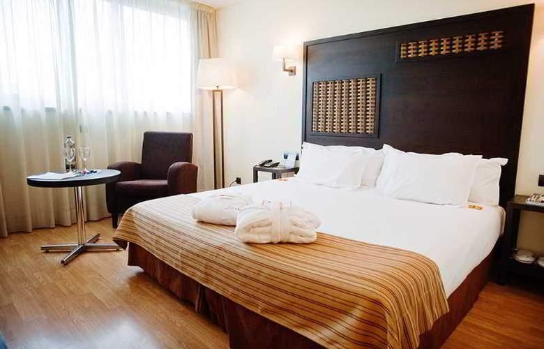 Eurostars Málaga - Room - 1