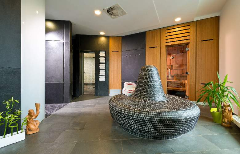 GOLD INN - Adrema Hotel - Sport - 30
