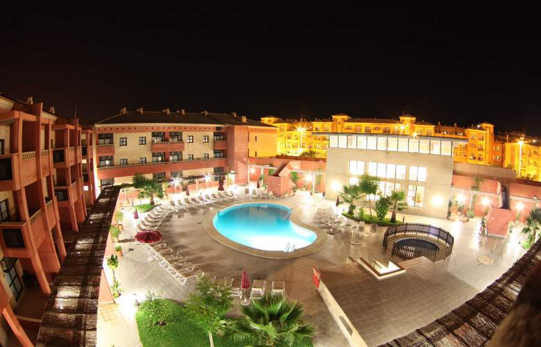 Leo Punta Umbría - Hotel - 0