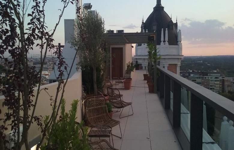 Dear Madrid - Terrace - 40