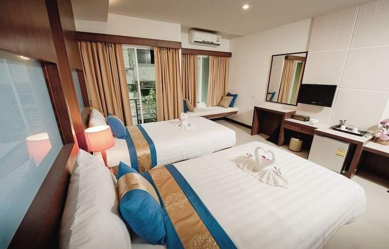 Blue Sky Patong Hotel - Room - 6