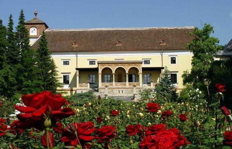 Schloss Weikersdorf - Hotel - 0