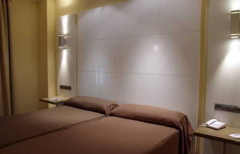 Malaga Nostrum - Hotel - 3