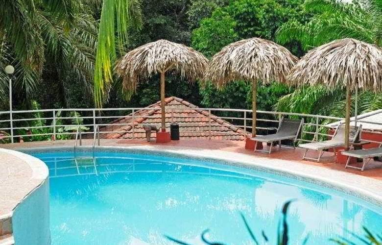 Villa Teca - Pool - 4
