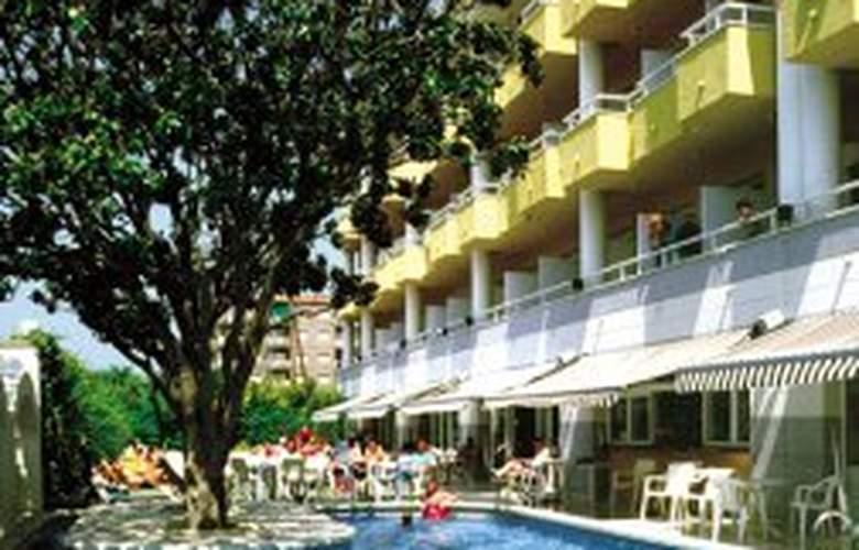 Augusta Club Hotel & Spa - Pool - 5