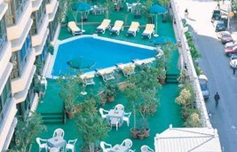 Pyramisa Cairo Suites and Casino - Pool - 5