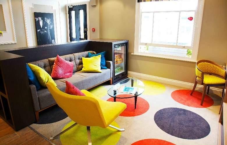 Comfort Inn Victoria - General - 2