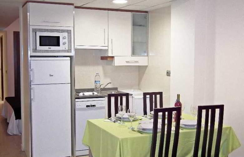 Suite Hotel Puerto Marina - Room - 5