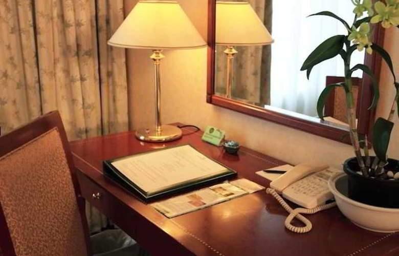 Evergreen Laurel Hotel Penang - Room - 8
