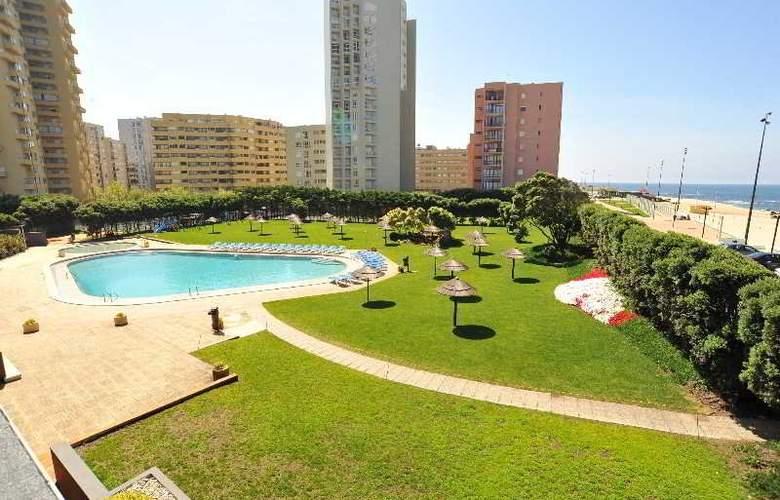 Axis Vermar - Hotel - 8