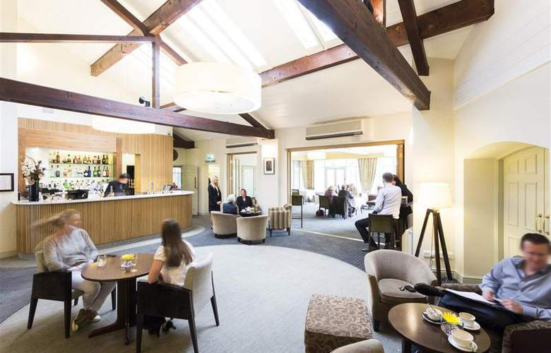 Best Western Cambridge Quy Mill Hotel - Bar - 109