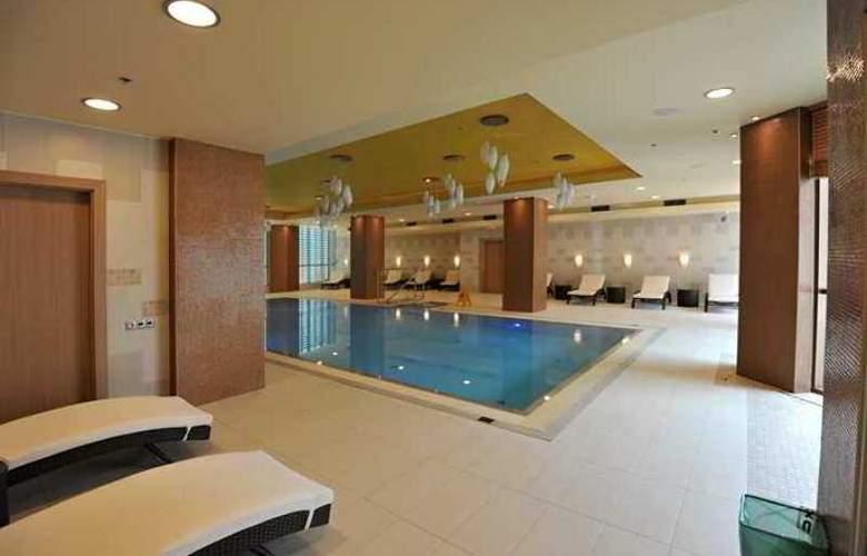 DoubleTree by Hilton Hotel Bratislava - Hotel - 9
