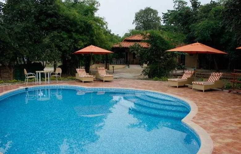 Infinity Bandhavgarh Wilderness - Pool - 5