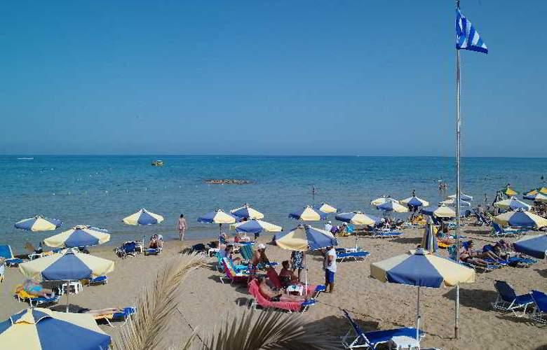 Kyknos Beach Hotel and Bungalows - Beach - 18