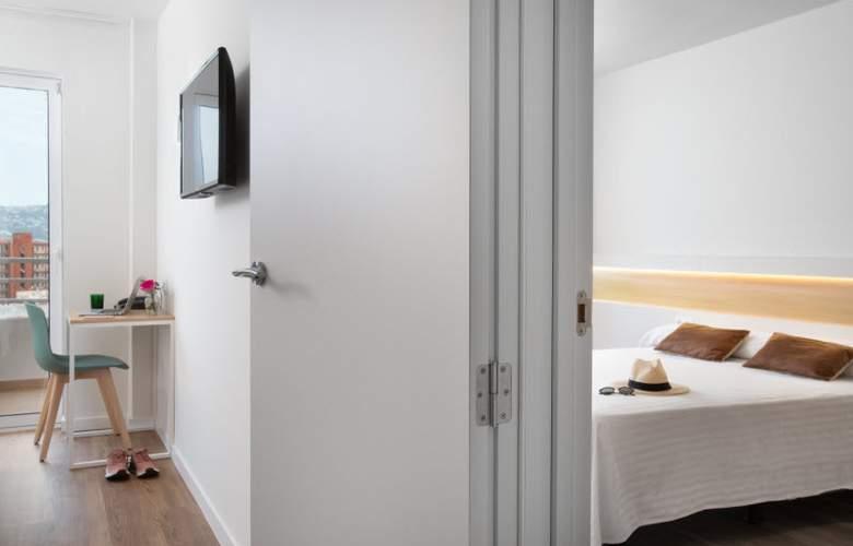 Prestige Sant Marc - Room - 11