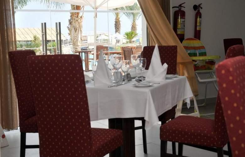 Princess Beach - Restaurant - 16