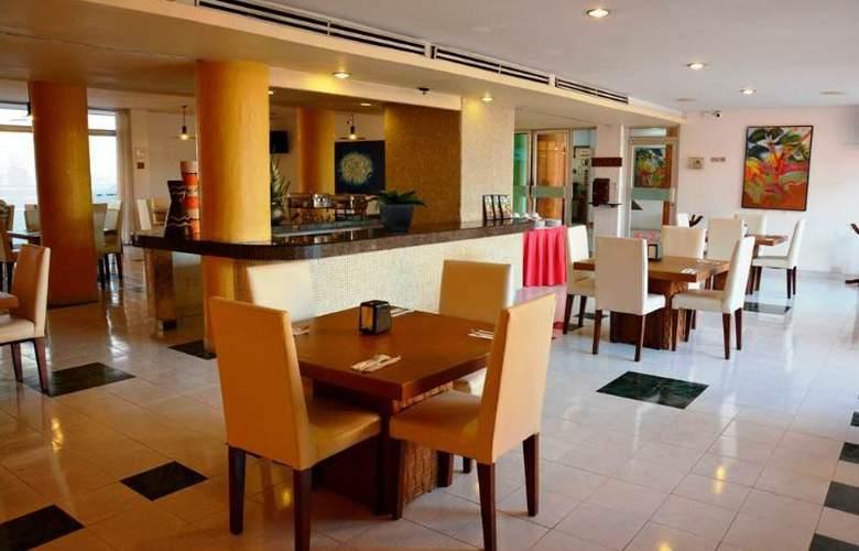 Maria del Carmen - Restaurant - 9