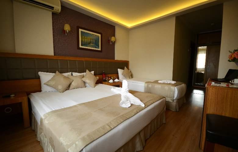 Anzac - Room - 4